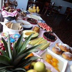 Hotel Via Norte Эль-Грове питание фото 2
