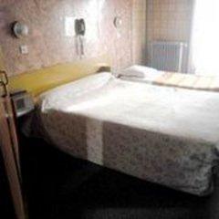 Отель Hôtel De La Comète Париж комната для гостей фото 5