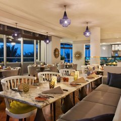 Отель DoubleTree by Hilton Dubai Jumeirah Beach питание фото 2