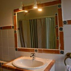 Отель La Wave Surf House Испания, Рибамонтан-аль-Мар - отзывы, цены и фото номеров - забронировать отель La Wave Surf House онлайн ванная фото 2