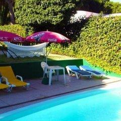 Отель Villa Teetimes Португалия, Картейра - отзывы, цены и фото номеров - забронировать отель Villa Teetimes онлайн бассейн фото 3
