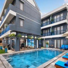 Отель The Blue Alcove Хойан бассейн