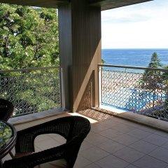 Отель Lotos - Riviera Holiday Resort Болгария, Золотые пески - отзывы, цены и фото номеров - забронировать отель Lotos - Riviera Holiday Resort онлайн балкон