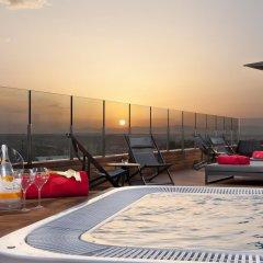 Отель Gran Melia Palacio De Los Duques Испания, Мадрид - 2 отзыва об отеле, цены и фото номеров - забронировать отель Gran Melia Palacio De Los Duques онлайн бассейн фото 2