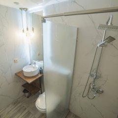 Отель Maria Boutique Suites Венгрия, Будапешт - отзывы, цены и фото номеров - забронировать отель Maria Boutique Suites онлайн ванная