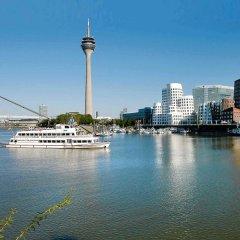 Отель Mercure Hotel Düsseldorf City Nord Германия, Дюссельдорф - 4 отзыва об отеле, цены и фото номеров - забронировать отель Mercure Hotel Düsseldorf City Nord онлайн приотельная территория фото 2