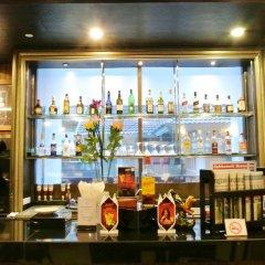 Отель Furamaxclusive Sukhumvit Бангкок гостиничный бар