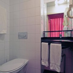 Отель A-Train Hotel Нидерланды, Амстердам - 2 отзыва об отеле, цены и фото номеров - забронировать отель A-Train Hotel онлайн ванная