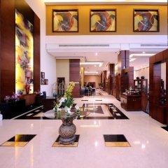 Отель Al Hamra Palace By Warwick интерьер отеля фото 3