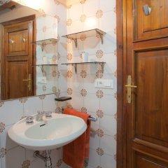 Апартаменты Rental in Rome Arco Ciambella Studio Рим ванная