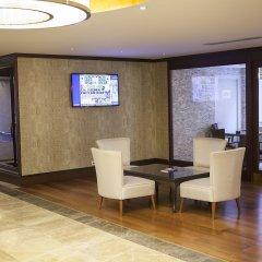 Bilek Istanbul Hotel Турция, Стамбул - 1 отзыв об отеле, цены и фото номеров - забронировать отель Bilek Istanbul Hotel онлайн интерьер отеля фото 3