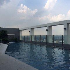 Отель Secret Sukhumvit Sanctuary - Adults Only Бангкок бассейн