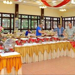 Отель Bach Dang Hoi An Hotel Вьетнам, Хойан - отзывы, цены и фото номеров - забронировать отель Bach Dang Hoi An Hotel онлайн питание фото 2