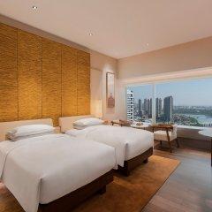 Отель Hyatt Regency Xiamen Wuyuanwan Китай, Сямынь - отзывы, цены и фото номеров - забронировать отель Hyatt Regency Xiamen Wuyuanwan онлайн комната для гостей фото 2