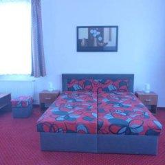 Отель Karlovy Vary Чехия, Карловы Вары - отзывы, цены и фото номеров - забронировать отель Karlovy Vary онлайн комната для гостей