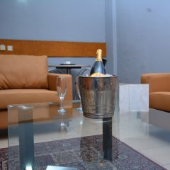 Отель Golden Tulip Airport Hotel Нигерия, Варри - отзывы, цены и фото номеров - забронировать отель Golden Tulip Airport Hotel онлайн комната для гостей фото 4