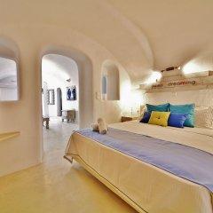 Отель Chroma Suites Греция, Остров Санторини - отзывы, цены и фото номеров - забронировать отель Chroma Suites онлайн комната для гостей