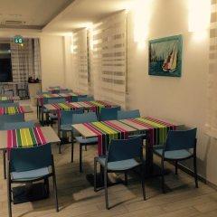 Hotel Gabbiano Римини питание