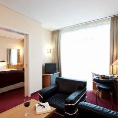 Отель NH München Unterhaching Германия, Унтерхахинг - 1 отзыв об отеле, цены и фото номеров - забронировать отель NH München Unterhaching онлайн комната для гостей фото 4