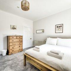 Отель Spacious 2BR Home in New Town Великобритания, Эдинбург - отзывы, цены и фото номеров - забронировать отель Spacious 2BR Home in New Town онлайн комната для гостей фото 3