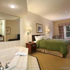 Отель Country Inn & Suites Columbus Airport-East спа