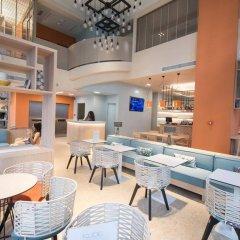 Отель Kubic Athens Smart Hotel Греция, Афины - отзывы, цены и фото номеров - забронировать отель Kubic Athens Smart Hotel онлайн гостиничный бар