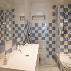 Hotel Villa La Tour ванная фото 3