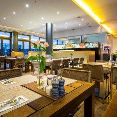 Отель Lindner Hotel Am Ku'damm Германия, Берлин - 9 отзывов об отеле, цены и фото номеров - забронировать отель Lindner Hotel Am Ku'damm онлайн гостиничный бар