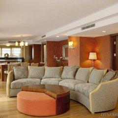 Отель Holiday Inn Istanbul Sisli комната для гостей фото 3