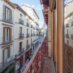 Отель Apartamento Plaza Santa Ana I Мадрид балкон