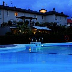 Отель Río Bidasoa Испания, Фуэнтеррабиа - отзывы, цены и фото номеров - забронировать отель Río Bidasoa онлайн бассейн