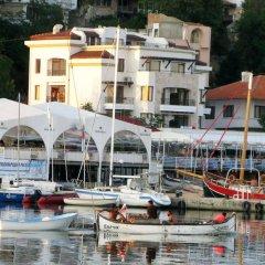 Отель Iris Болгария, Балчик - отзывы, цены и фото номеров - забронировать отель Iris онлайн приотельная территория фото 2