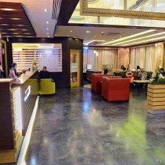 Отель Sun And Sand Clock Tower Дубай интерьер отеля