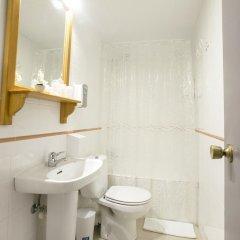 Отель Pensión Kaia ванная