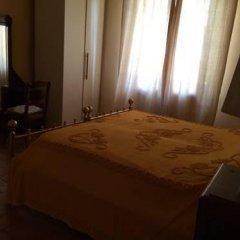 Отель Casa Vacanze Famiglia Cianchi Лари комната для гостей