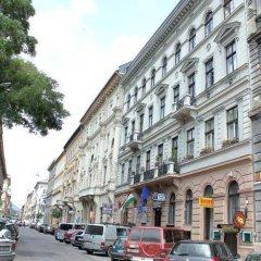 Апартаменты Hunyadi Ter Apartments парковка