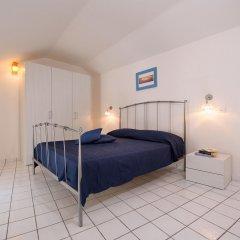 Отель Ravello House Равелло сейф в номере
