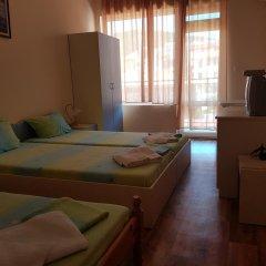 Отель Brilliantin Guest House Свети Влас комната для гостей