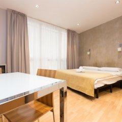 Апартаменты Apartments in Barcelona Tiradors Барселона комната для гостей фото 4