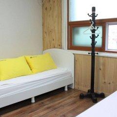 Отель 24 Guesthouse Namsan Garden Сеул комната для гостей фото 3
