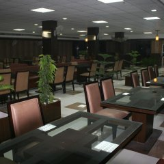 Hotel Le Central in Haridwar, India from 38$, photos, reviews - zenhotels.com meals