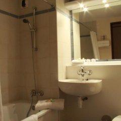 Отель Campanile Brussels - Airport Zaventem Завентем ванная
