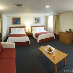 Отель Holiday Inn Mexico Coyoacan Мехико комната для гостей фото 5