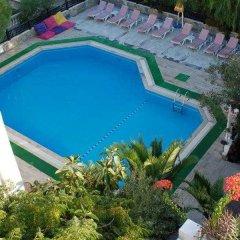 Yildiz Hotel бассейн