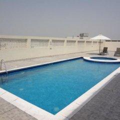 Отель Al Manar Hotel Apartments ОАЭ, Дубай - отзывы, цены и фото номеров - забронировать отель Al Manar Hotel Apartments онлайн бассейн фото 2