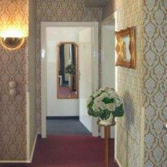 Hotel Am Ehrenhof Дюссельдорф интерьер отеля