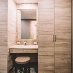 Отель Adelphi Suites Bangkok ванная фото 2