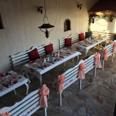 Отель Guesthouse Versailles Болгария, Шумен - отзывы, цены и фото номеров - забронировать отель Guesthouse Versailles онлайн питание фото 3