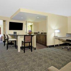 Отель Hampton Inn & Suites Columbus - Downtown удобства в номере фото 2