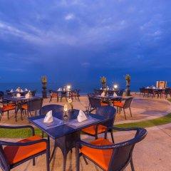 Отель Wora Bura Hua Hin Resort and Spa пляж